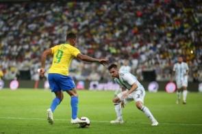 Brasil encara Argentina por vaga na decisão da Copa América