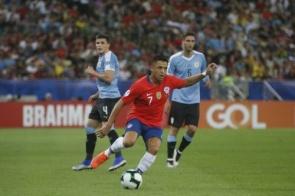 Chile e Peru decidem hoje quem pega o Brasil na final da Copa América