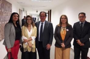 Pacco cumpre agenda em Brasília e visita gabinete da senadora Soraya Thronick