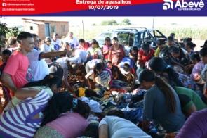 Grupo ABV faz entregas de agasalhos na Aldeia Bororó
