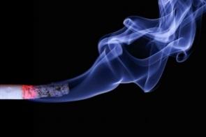 Uma em cada seis mulheres do mundo desenvolve câncer de pulmão, diz novo relatório internacional