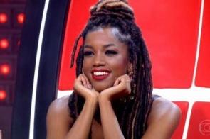 IZA vira sensação na web com estreia do 'The Voice Brasil'