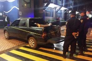 Jovem é executado dentro do carro por pistoleiros na fronteira