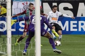 Corinthians e Fluminense duelam por vaga na semifinal da Sul-americana