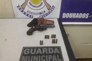 Dirigindo embriagado, homem acaba preso por porte ilegal de arma em Dourados