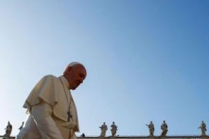 Papa visita Tailândia e Japão para pedir desarmamento nuclear