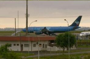 Corpo de Gugu Liberato chega ao Brasil para velório e sepultamento