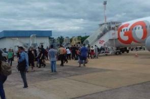 Avião não decola por falha no motor e assusta passageiros em Campo Grande