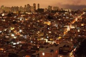 Confusão em baile funk termina com nove mortos em Paraisópolis