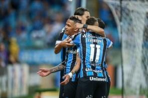 Grêmio vence, vai à fase de grupos da Libertadores e São Paulo 'decide' com Inter