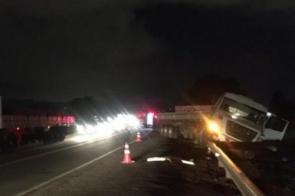 Motorista que morreu ao bater de frente com carreta tinha 39 anos