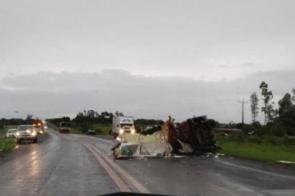 Militar dos Bombeiros morre em colisão entre viatura e caminhão na BR-060