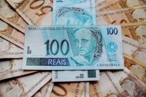 Guardar dinheiro é a principal meta do brasileiro para 2020