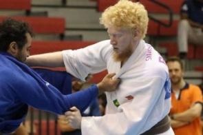 De olho nas Paralimpíadas, judoca de MS inicia ano em competição no Canadá