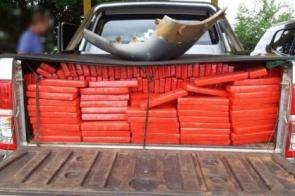 PRF apreende 860 Kg de maconha em caminhonete abandonada