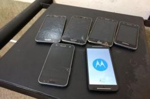 Polícia apreende 6 celulares pendurados em muro da PED