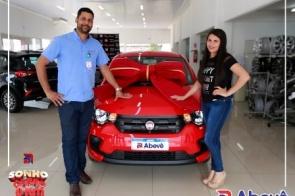Abevê entrega o último Fiat Mobi 0km da Promoção Sonho do Carro zero quilômetros Abevê