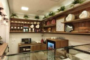 Dona Flor inaugura doceria e cafeteria hoje no centro de Dourados