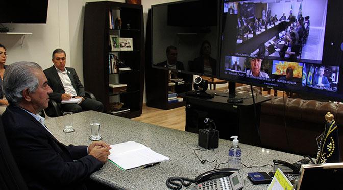 Governador Reinaldo Azambuja participou de videoconferência - Crédito: Chico Ribeiro/Divulgação