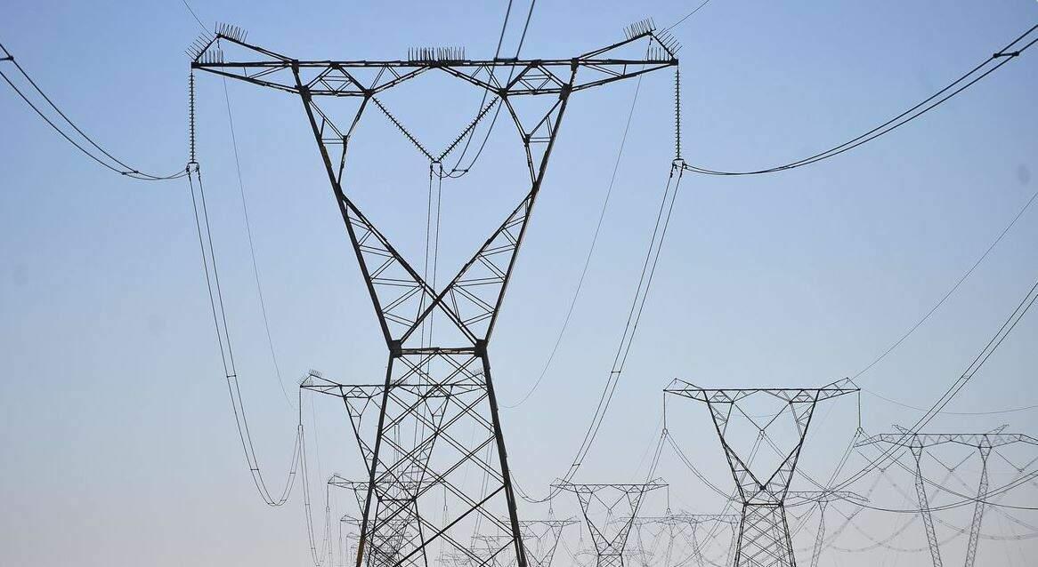 Torre de distribuição de energia (Foto: Marcello Casal Jr/ Agência Brasil)