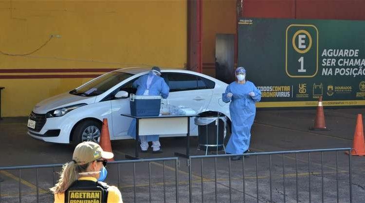 Dos 76.001 casos confirmados, 70.471 estão sem sintomas e já estão recuperados - Crédito: Wender Carbonari/Dourados News/Arquivo