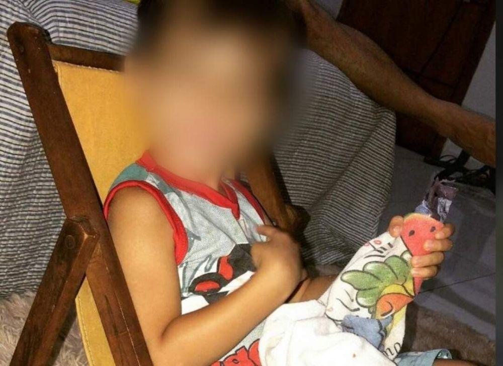Menino, de 3 anos, morreu após ficar internado durante uma semana. (Foto: Reprodução/Facebook)