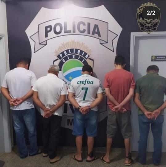 Detidos tiveram prisão domiciliar revogada (Foto: Divulgação/Defurv)