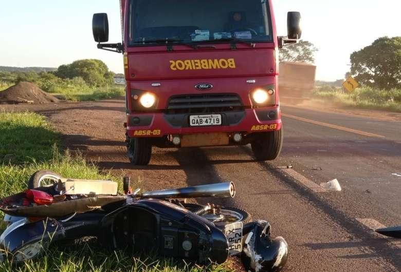 Acidente ocorreu nesta manhã na BR-060 - Crédito: Lucas Nogueira/RegiãoNews