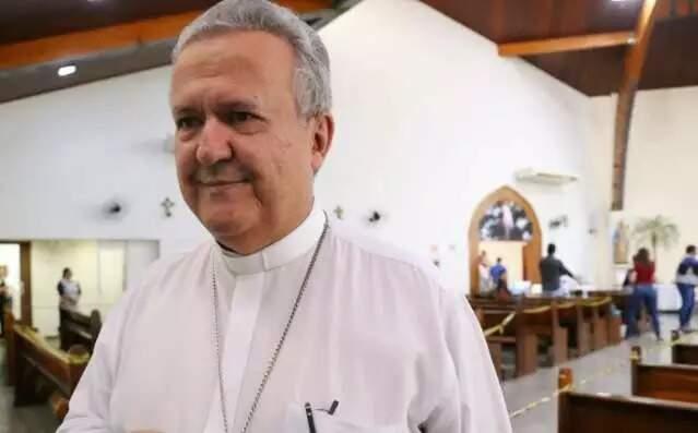 Dom Dimas, autoridade máxima da Igreja Católica em Campo Grande defende que os templos devem receber os fieis, com cuidados redobrados. (Foto: Arquivo/Campo Grande News)