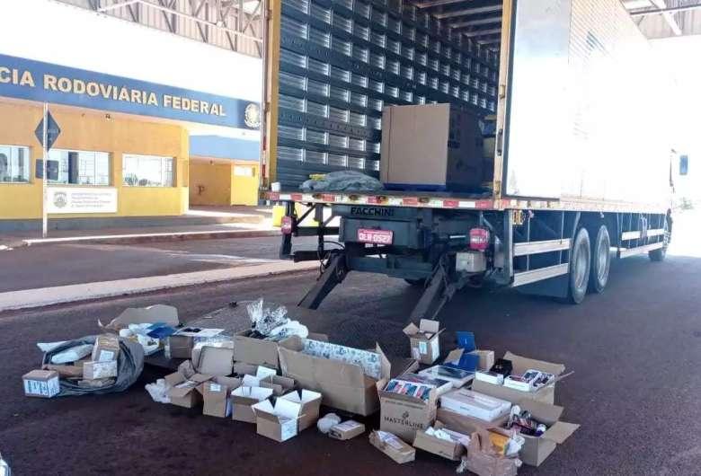Caminhão apreendido no posto de fiscalização da PRF em Ponta Porã - Crédito: (Divulgação PRF)
