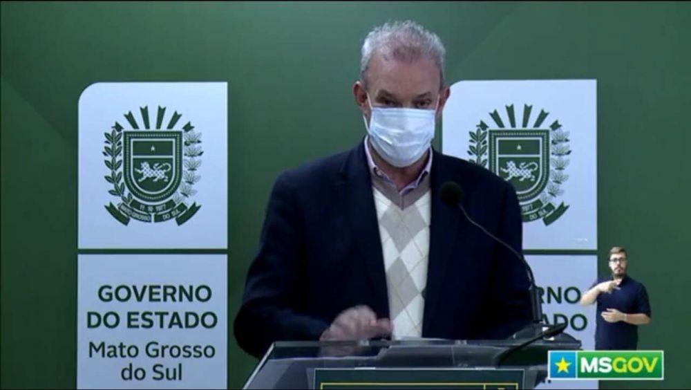 O secretário Geraldo Resende durante transmissão ao vivo nesta manhã sobre a pandemia. (Foto: Reprodução de vídeo)