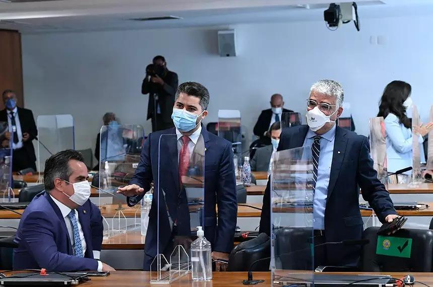 Senadores alinhados com Bolsonaro insistiram para que CPI também avaliasse dados de estados e municípios / Foto: Edilson Rodrigues/Agência Senado