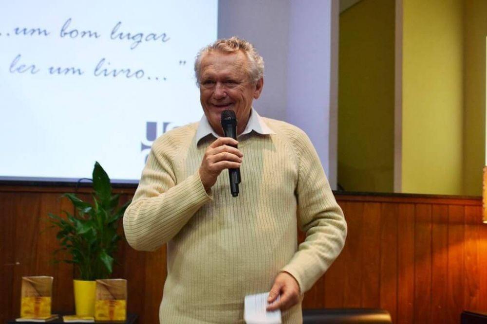 Educador Wilson Valentim Biasotto tinha 73 anos e lutava contra um câncer (Foto: Reprodução/Facebook)
