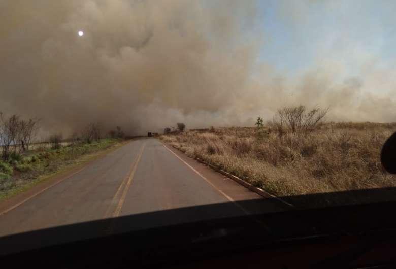 Incêndio na região da São Fernando - Crédito: Ligado na Redação