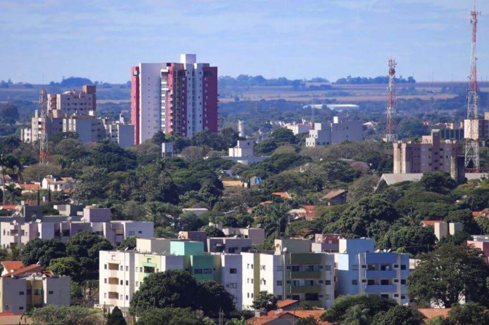 Dourados registou rajadas com velocidade de 40 quilômetros por hora durante a manhã, às 9h47 (Foto: Divulgação/Prefeitura de Dourados)
