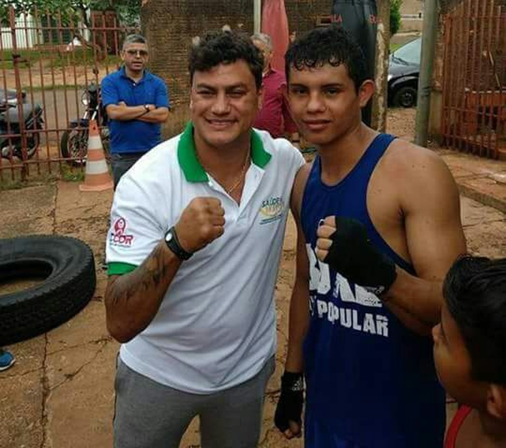 Jhonny com Acelino Freitas, o Popó - Crédito: (Arquivo pessoal )