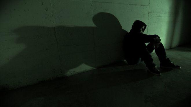 Suicídio é uma causa importante de mortes de jovens ao redor do mundo / Foto: Getty Images