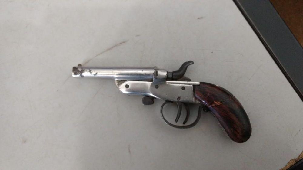 Arma apreendida pela Guarda - Crédito: Divulgação