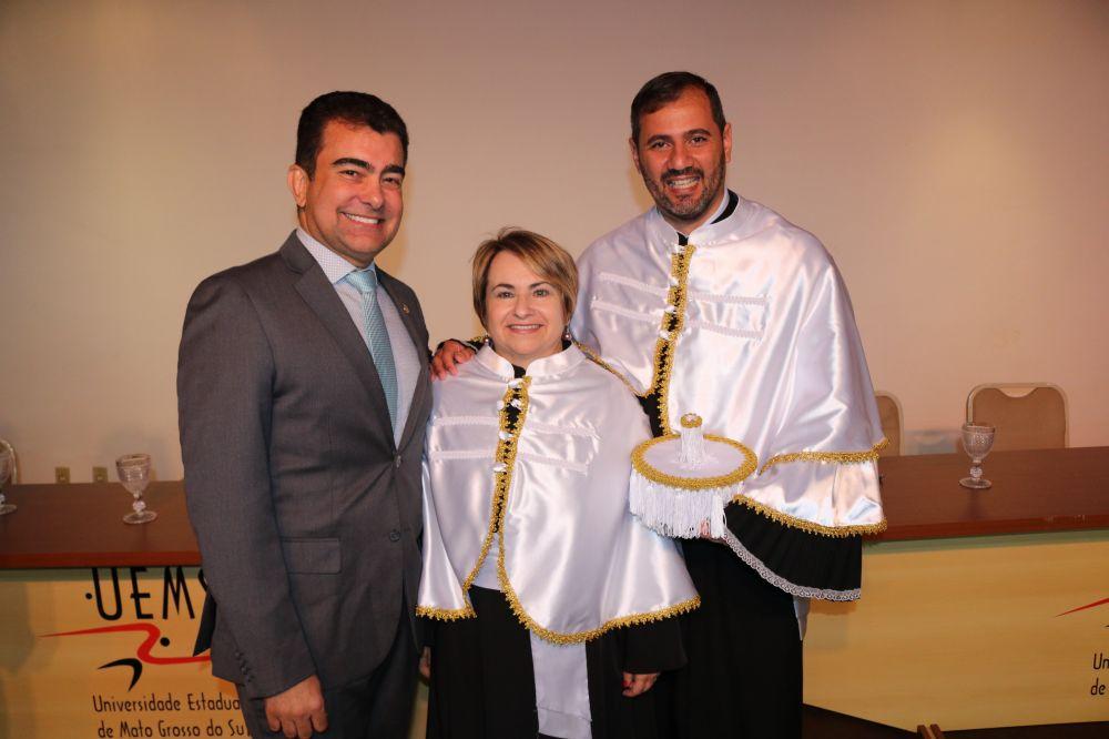 Deputado Marçal com o reitor Laércio de Carvalho e a vice-reitora Celi Corrêa Neres