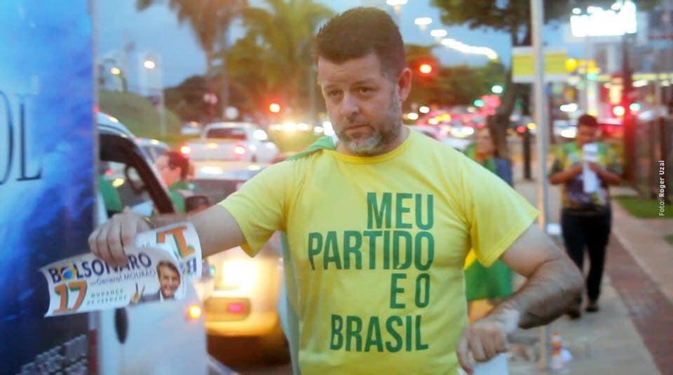 Vladimir durante campanha eleitoral em apoio ao presidente da República, Jair Bolsonaor. - Crédito: Arquivo Pessoal