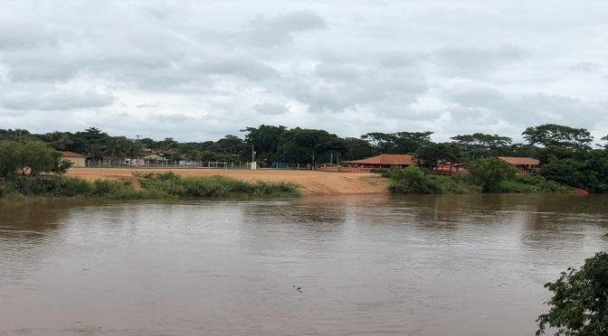 Aferição realizada no início da tarde desta sexta-feira apurou que o nível de água estava em 4,90 metros - Crédito: Samara Oliveira (O Pantaneiro)