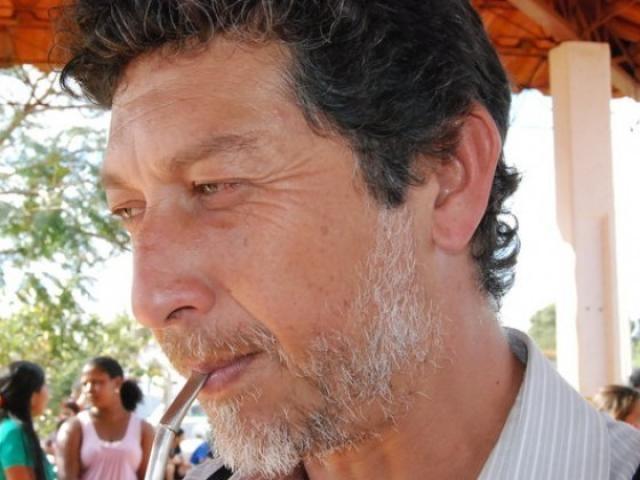 Leo Veras foi assassinado na quarta-feira (12) por três pistoleiros encapuzados - Crédito: Reprodução